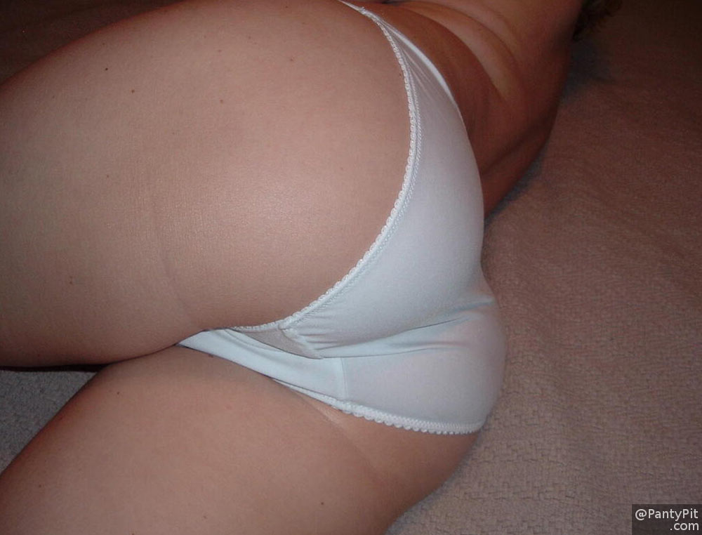 White cotton panties on amateur ass
