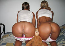 Amateur ass in panties doggie style