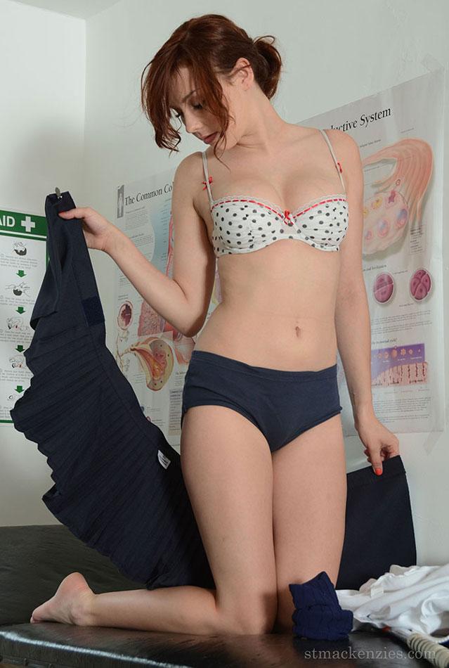Schoolgirl panties porn pics