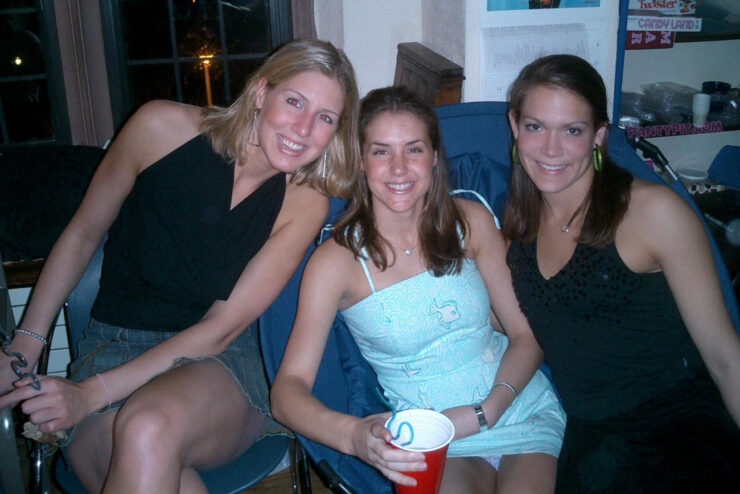 Group of 3 friends drinking and a sitting upskirt panty peek in the middle